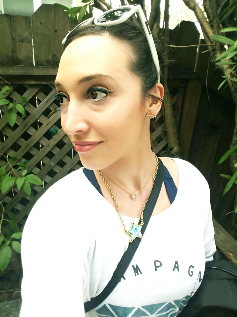 Bay Area Beauty Blogger Outfit and Makeup